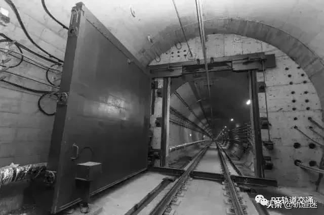 防淹门 地铁隧道钢制防淹门  前进制造