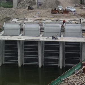 格栅清污机 前进定制污水处理设备 低价销售