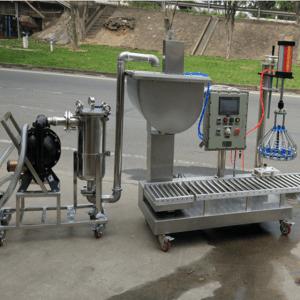 5升纯净水灌装机 液体肥灌装设备