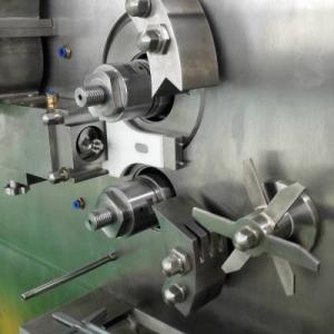LGX系列多菌灵农药干法制粒机,农药颗粒对辊挤压造粒机