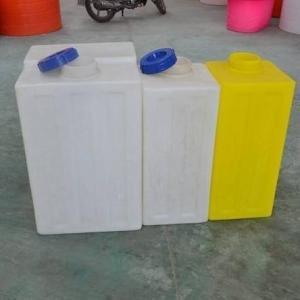 浮梁县2吨加药箱 化工药箱批发